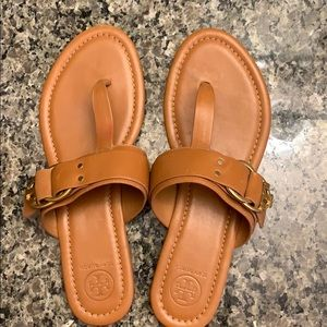 Tory Burch Like New Leather Sandals w/gold buckles